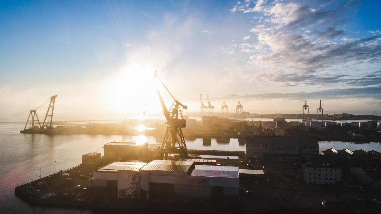 Drone foto af Århus havn tidlige morgen